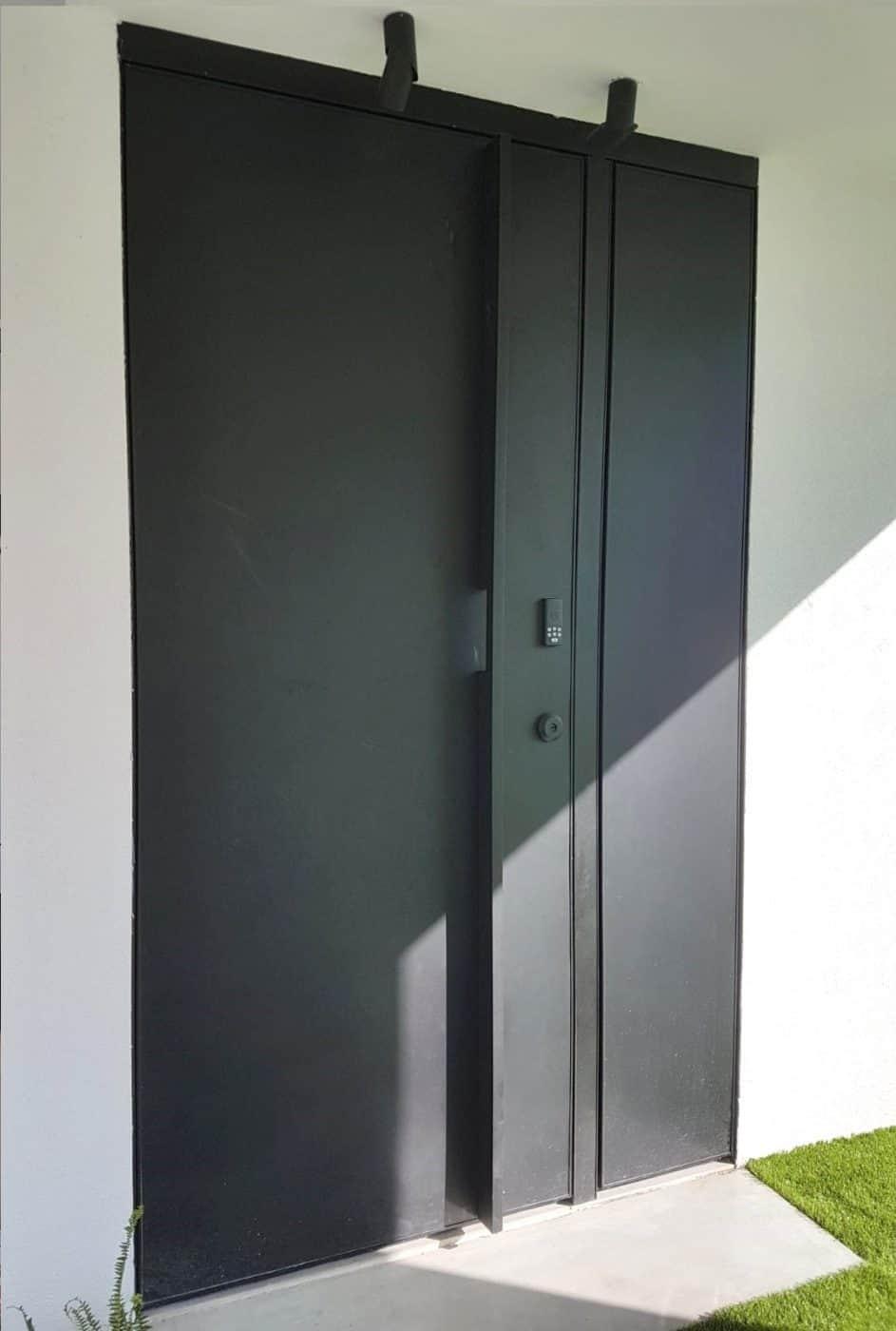 דלת כניסה חכמה תלת מימד בקו אפס