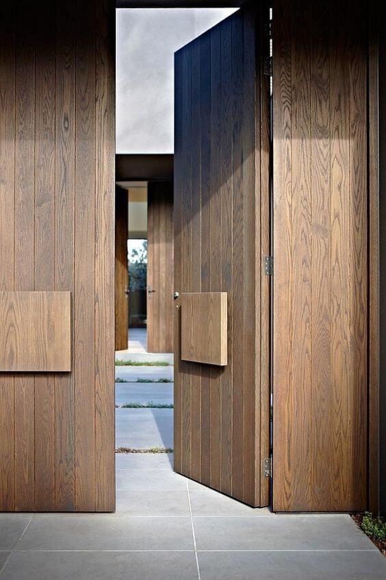 דלת חוץ מעץ