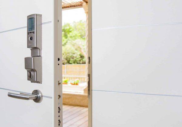 דלת כניסה – לא פחות חשוב הצילינדר
