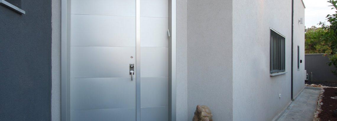 מחפשים דלת כניסה מעוצבת ? קבלו תשובות ל- 10 השאלות הכי חשובות