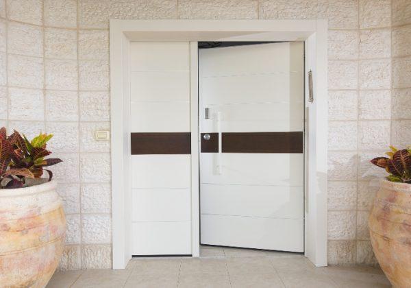 דלתות כניסה – שימו לב לדרגות שונות של מוצרים