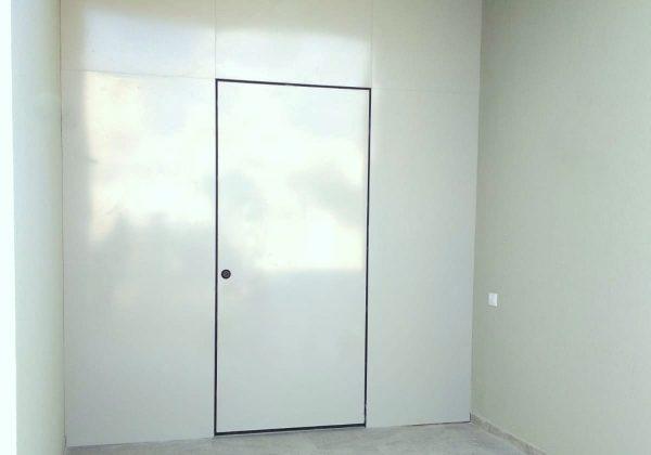דלת כניסה ללא ידית